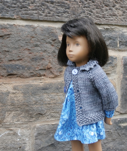 """Fits dolls from 12cm to 50cm, 5"""" to 20"""""""
